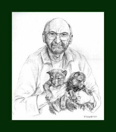 picture Марина Ефремова: Зоолог Ясон Бадридзе с волчатами